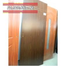 Интериорна врата с каса и брава / 828